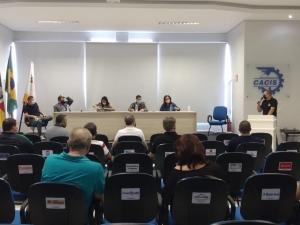 CACIS participa de reunião sobre possível mudança da Bandeira em Três Passos